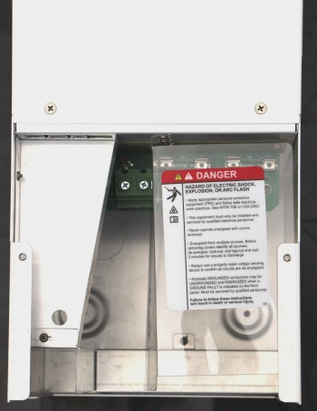 Schneider Electric Solar Charge Controller 80 600 XWMPPT80-600
