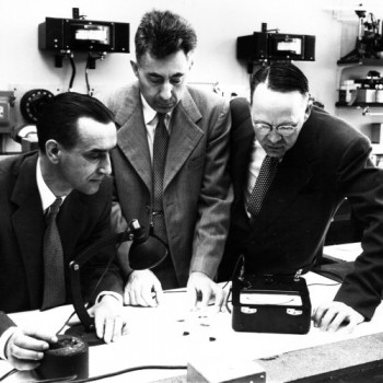 1954-Bell-Labs-Gerald-Pearson-Daryl-Chapin-Calvin-Fuller-from-Bell-Labs.jpg